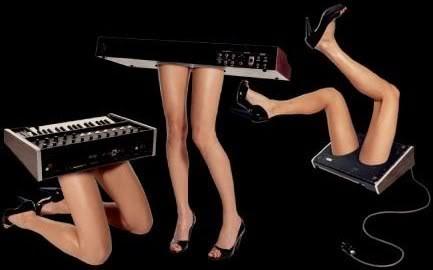 Chromeo_legs
